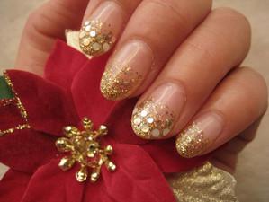 Nails52