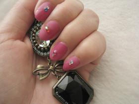 Nails72