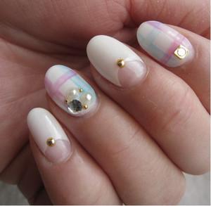 Nails85