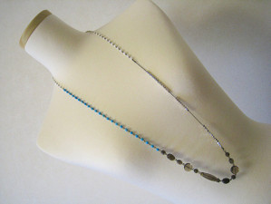 Beads493