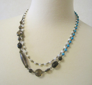 Beads494