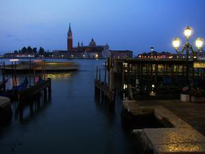 ヴェネツィアの朝